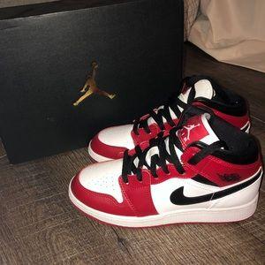 """Air Jordan 1 retro mid """"Chicago"""" GS"""